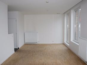 Dit appartement met twee slaapkamers bevindt zich in het hart van Brugge, vlakbij de belangrijkste winkelstraten en restaurants, doch in een rustige s