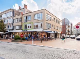 Dit fantastischappartement is gelegen op de hoek van de Albert I laan (de gekende winkelstraat) en de Veurnestraat. Ideaal voor wie wil genieten van s