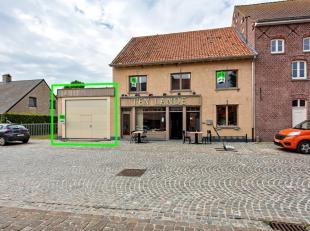 In het dorp van Stavele, deelgemeente van Alveringem, vestigt zich dit volledig uitgeruste magazijn met 190 m² aan nuttige ruimte.<br /> Deze eig