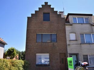 Deze rustig gelegen woning situeert zich in het levendige Uitkerke, deelgemeente van Blankenberge. Op wandelafstand vanverscheidene handelszaken en su