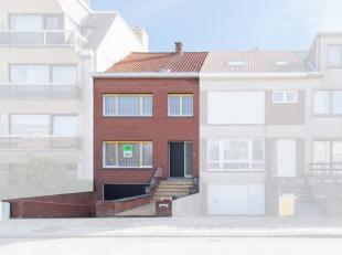 Deze uiterst verzorgde bel-étage is gelegen in de rustieke stadsrand van Oostende waar alle benodigdheden binnen handbereik zijn.<br /> De ruim