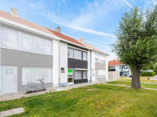 Op een zeer gunstige locatie nabij de Brugse binnenstad huisvest deze te renoveren rijwoning met 2 slaapkamers. Winkels, horeca, fitness en kleinhande