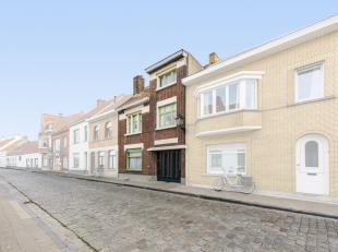 Deze charmante en karaktervolle te renoveren woning, is gelegen te Lissewege en heeft bijzonder veel potentieel! Dit dorpje behoort tot de 10 mooiste