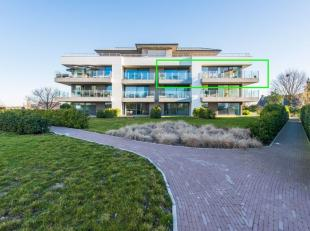 Bezoek dit appartement op de opendeurdag zaterdag 14/09/2019 tussen 10u en 12u!Dit groot luchtig appartement, gebouwd in 2015 is gelegen op een ruim e