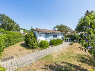 In vakantiedomein Sun Parks Oostduinkerke vinden we dit charmante vissershuisje terug. Het bestaat uit de woonkamer met open keuken, badkamer, twee sl