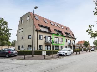 """Op wandel- en fietsafstand van het centrum van De Haan, treft men dit appartement aan in Residentie """"Four Seasons"""" gelegen in villawijk Noordhoek. Het"""