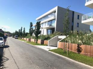 """Residentie """"QUEENS"""" is een nieuwbouwproject dat centraal gelegen is op enkele passen van de Leopold I Esplanade en het centrum. De residentie bestaat"""