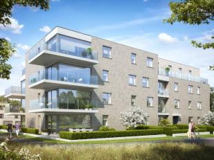 Dit appartement van 84m² omvat een inkomhal met vestiaire en apart toilet, leefruimte met geïntegreerde keuken, 1 groot  terras (19,3m²