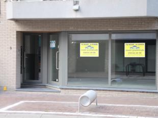 Bedrijfsvastgoed te koop                     in 8660 De Panne