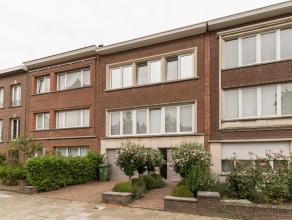 Gezellige eengezinswoning, type bel-étage (bew. opp. 233,29m²) met zeer veel lichtinval gelegen in de wijk Oosterveld: een rustige, kindvr