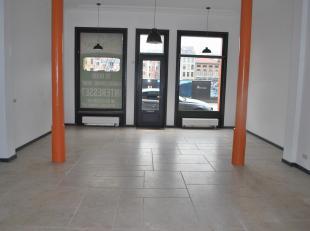 Handelsruimte van ca. 100 m² in de hippe buurt 't Zuid te Antwerpen. Deze ruimte, gelegen op een toplocatie, is geschikt is voor meerdere doelein
