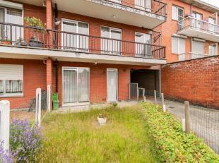 Gezellig 1-slaapkamer appartement van ca 73 m² bewoonbare oppervlakte met tuin en een garagebox.<br /> <br /> Indeling: riante leefruimte - apart