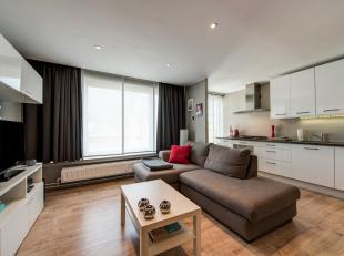 Het appartement is gunstig gelegen op de grens Antwerpen-Berchem(binnen de singel)<br /> op de 5de verdieping van een verzorgd gebouw en bereikbaar vi