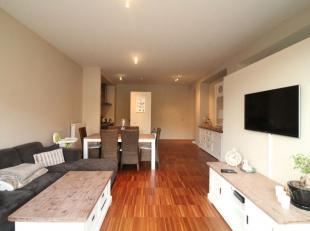 Quartier Sainte catherine - Splendide appartement non-meublé (not furnished - non meublé) de +/- 76 m²  dans un immeuble de 2012. C