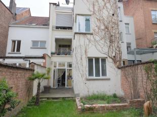 H. Brugmann - Bel appartement 1 chambre de +/- 70m² avec jardin - Va être remis en état - Au rez de chaussée d'un immeuble de