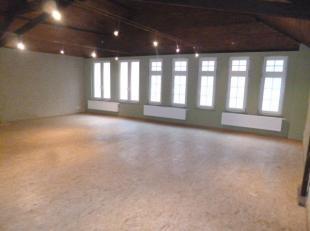 Quartier du Cimetière de Berchem - Magnifique Atelier/bureau/entrepôt de 150m² en duplex renové en 2013 - Magnifique plateau