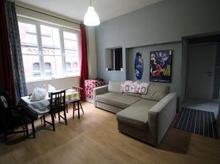 Quartier Botanique, dans un quartier calme du centre-ville,  bel et lumineux appartement 2 chambres traversant de +/- 80m² dans un petit immeuble