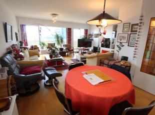 Deux magnifiques appartements fusionnés actuellement (B+C) en bons états de +/-123m² + 35m² de terrasse - Au23ème et de