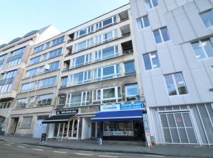 Quartier du Sablon - Bel espace commercial en bon état de +/- 80m² avec 20m² de cour - Rez-de-chaussée: Espace commercial de +