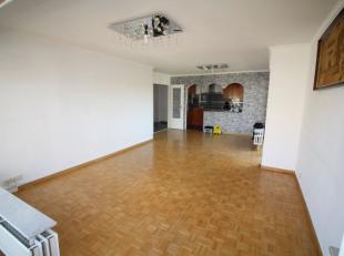 Quartier Bon Pasteur - Proximité du Quartier Saint-Vincent - Magnifique appartement 3 chambres de +/- 95m² avec 2 terrasses - Hall d'entr&
