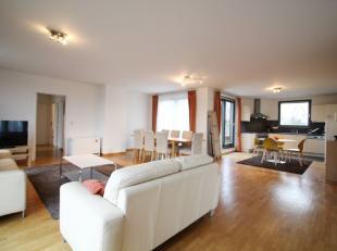 Proximité Parc de Woluwe et idéalement situé - Magnifique penthouse meublé de trois chambres de +/-200m² se composant