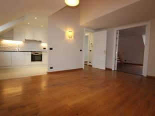 Premiere occupation après rénovation. Quartier Dansaert/Sainte Catherine - Splendide appartement en duplex de ± 140m², il se