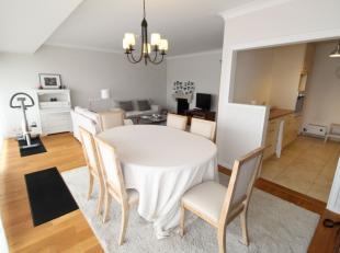 Quartier Joseph Baeck : Magnifique appartement en parfait état de +/-85m² avec 12m² de terrasses - Hall d'entrée ouvert avec w