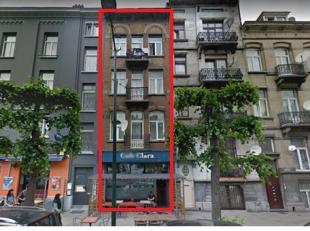 A deux pas de toutes les facilités et des commerces - Maison de commerce et de rapport à trois étages avec comble aménag&e