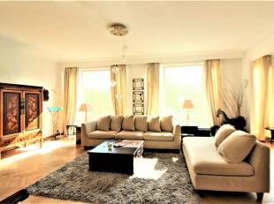 Montgomery - Proximité quartier européen - Magnifique appartement 2 chambres meublé de +/-95m² se composant comme suit: Hall