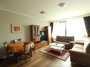 Face au Botanique - Appartement une chambre meublé de +-70m². Se compose d'un hall d'entrée, d'un spacieux séjour de +-25m&s