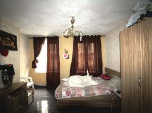 *** VENDU *** Centre-ville - Appartement studio de +/- 40m² dans un petit immeuble avec peu de charges. L'appartement se compose d'un séjo
