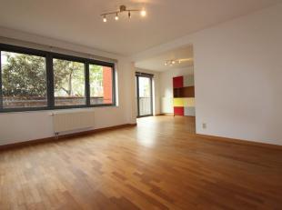 Molenbeek-Saint-Jean limite Bruxelles - Quartier Compte de Flandre  - Splendide appartement de +/-100m² - Hall entrée - Spacieux et lumine
