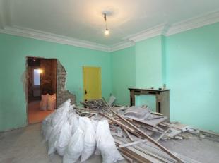 *** VENDU *** Quartier Dansaert/Rue de Flandres - Dans un quartier prisé - Appartement 2 chambres +/- 65m² à rénover compos&