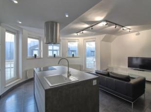 Saint-Josse Limite Bruxelles Centre : Magnifique appartement en parfait état de +/-75m² composé comme suit : au 3ème &eacute