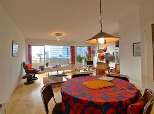 *** VENDU *** Deux magnifiques appartements fusionnés actuellement (B+C) en bons états de +/-123m² + 35m² de terrasse - Au23&e