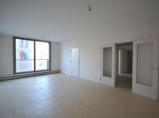 Quartier Bourse - Superbe appartement 1 chambre de +/-68m² se composant comme suit: Hall d'entrée - lumineux living de +/-28m². Cuisi