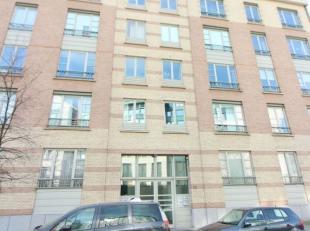 Quartier Tours & Taxis - Dans un bel immeuble, un superbe appartement 2 chambres +/- 115m² au 1ier étage se composant d'un hall entr&e