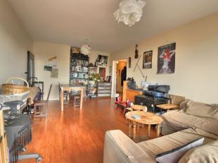 Dans un quartier calme et résidentiel - Magnifique appartement 2 chambres de +/- 80m² avec Terrasse - Hall d'entrée - Spacieux et L