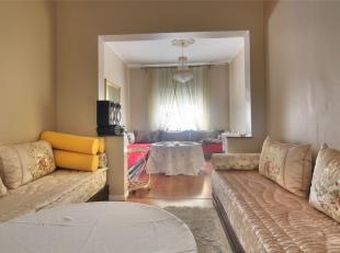 Prox. Beekant - Belle maison +/-180m² 6chambres avec cour fermée - Composée Au Sous-sol surélevé : 2 pièces en