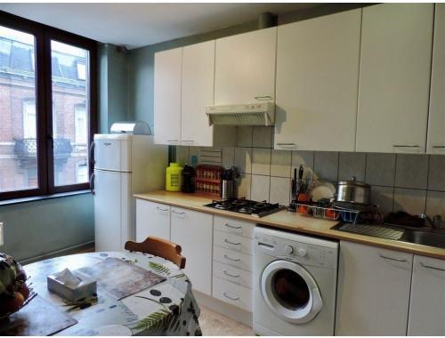 Appartement à vendre à Saint-Servais, € 119.000