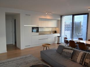 Luxueus gemeubeld appartement op topligging! Wil u ruim wonen, in een gloednieuw appartement, voor een betaalbare prijs en op toplocatie? Dan is dit a