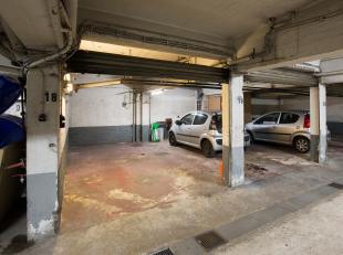 Staanplaats te koop aan de Korte Gasthuisstraat, pal in het centrum van Antwerpen. Afmetingen: 6m diep x 2,7m breed. Interesse? Contacteer Natasja: 04