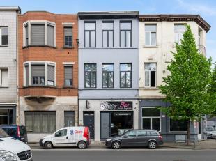 Ruim duplex-appartement (140 m²) met 4 slaapkamers te Antwerpen!<br /> <br /> Dit volledig gerenoveerd appartement bevindt zich op de eerste en t
