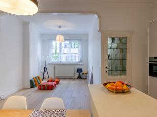 Wondermooie ééngezinswoning met twee slaapkamers op goede locatie te Deurne!<br /> <br /> Deze woning werd volledig vernieuwd in 2018 en