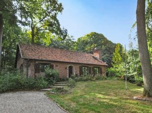 Mooie rustig gelegen te renoveren villa met 3 slaapkamers op het gelijkvloers In het veel gevraagde Bois du Strihoux (Bierghes), een residentieel park