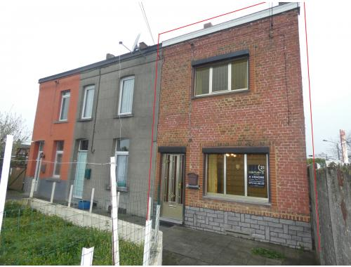 Arbeiderswoning te koop in La Louvière, € 120.000