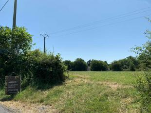 CLAIRFAYTS (FRANCE) : Lot de 3 magnifiques terrains plats à bâtir d'une superfice totale de 30 ares 47 centiares ( Possibilité d'a