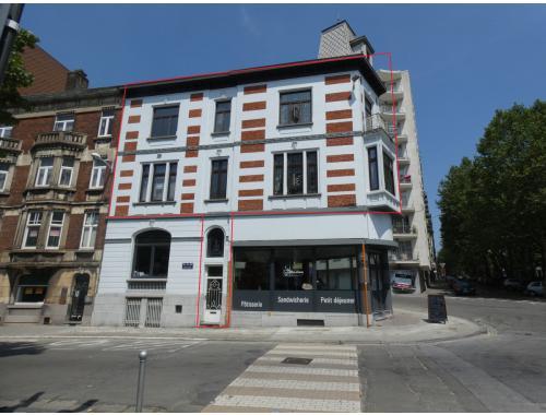 Arbeiderswoning te koop in Charleroi, € 190.000