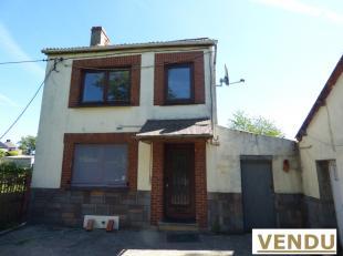 Belle Maison 4 façades offrant 3 chambres, garage et remise sur terrain arboré de 16 ares 54 ca située dans un quartier calme &ag