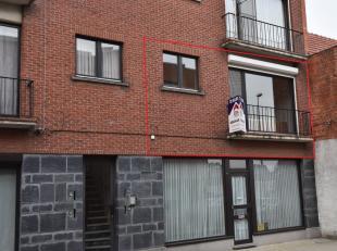 Gezellig appartement met lift in centrum van Nijlen, dicht bij scholen, openbaar vervoer en winkels.Het appartement is gelegen op de eerste verdieping